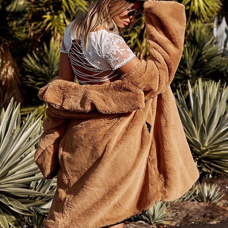 iamgia-camel-coat-8_660x1024_crop_bottom