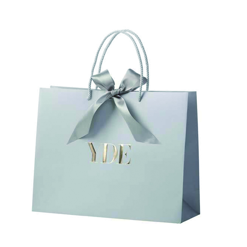 high-end of shopping paper bag
