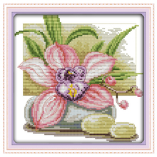Pink Daffodil Patterns Counted Cross Stitch 11 14CT Cross Stitch Sets Wholesale Chinese Cross-stitch Kits Embroidery Needlework