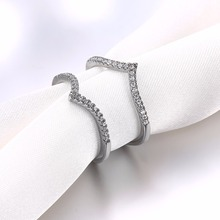 New Style Fashion Bijoux Long Ring for Women Female Double Chevron Ring V Shape with Paved Cubic Zirconia Anillos