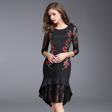 Women Autumn Dress Office Ladies Red Embroidery Floral Pattern Black Trumpet Dress Three Quarter Sleeve Plus Size Empire Dress