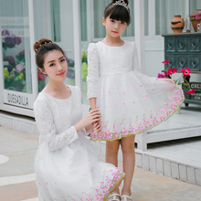 2017 autumn girl princess dress long sleeve mother daughter dresses mom and daughter christmas dress women white lace dress