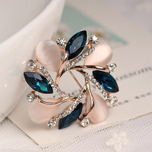 High-Grade Flower Brooch Korean Style Bauhinia Flower Corsage Crystal Rhinestone Brooch Pin Jewelry @M23(China)