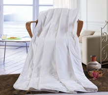 high quality silk cotton filling white summer twin size 150x200cm  duvet quilt comforter
