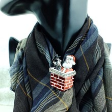 (6 pieces/lot) Santa Claus with Thief in Chimney Christmas Scarf Ring