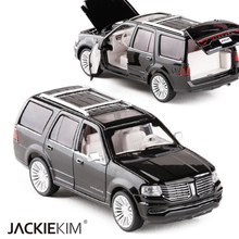 High Simulation 1:32 Lincoln Navigator Alloy Car Model Metal Diecast Toy Vehicles With Pull Back Flashing Kids Toys Gifts(China)