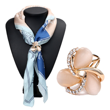 Fashion Resin Crystal Flowers Scarf Buckle Wedding Brooch pins Crystal Holder Silk Scarf Jewelry 3794