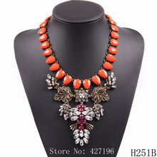 2017 New Fashion Brand Elegant Statement  Leaf Shape Crystal Necklace Women Jewelry  For Party USA And Europe Market