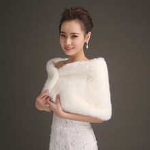 Fashion Simple Style White Faux Fur Short Sweet Wedding Jacket Wrap Winter Formal Dresses Bridal Gowns Bolero Accessories PJ51