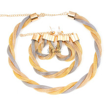 Dubai African   Mysterious Charming Necklace earrings bracelet set Fashion Wedding Bridal Costume Jewelry Sets