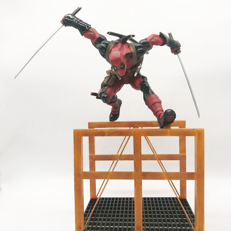 26cm Crazy Toys Deadpool Figure X-MEN Play Arts Dead Pool Deadpool PVC Action Figures Resin Collection Model Doll Toy Gifts (3)