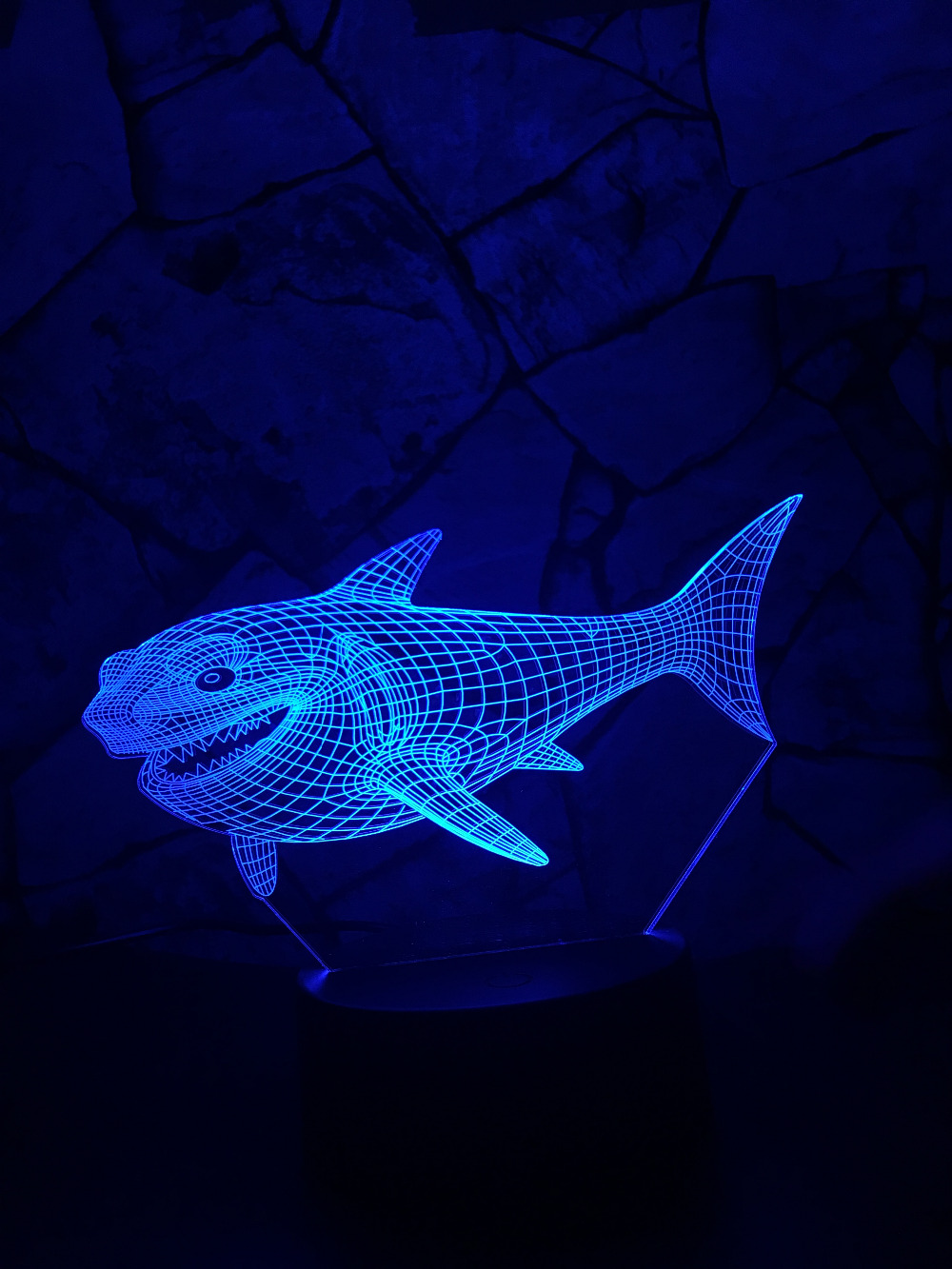 """Glow Shark"" 3D Optical Illusion Glowing Shark Table Lamp 2"