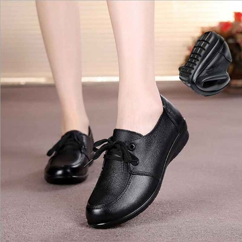 Women flats spring 2017 breathable genuine leather moccasin shoes women lace-up round toe loafers flats soft shoes for ladies<br><br>Aliexpress
