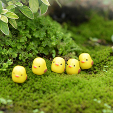 5pcs Resin Mini Yellow Chicken Home Micro Fairy Figurines Home Party Wedding Table Decor DIY Accessories 1.1*1.1cm