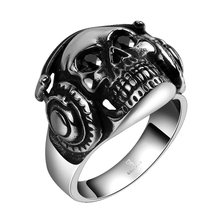 2017 New Fashion Metal Skull Headset Shape Hyperbole Vintage Personality Titanium Steel Skeleton Men's Rings Moto Biker Jewelry