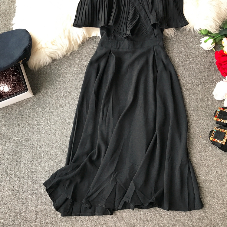 2019 Spring Women Chiffon Pleated Braces Sling Spaghetti Strap Goffer Long Dress Ladies Ruffles Empire Drapped Swing Slip Dress 168