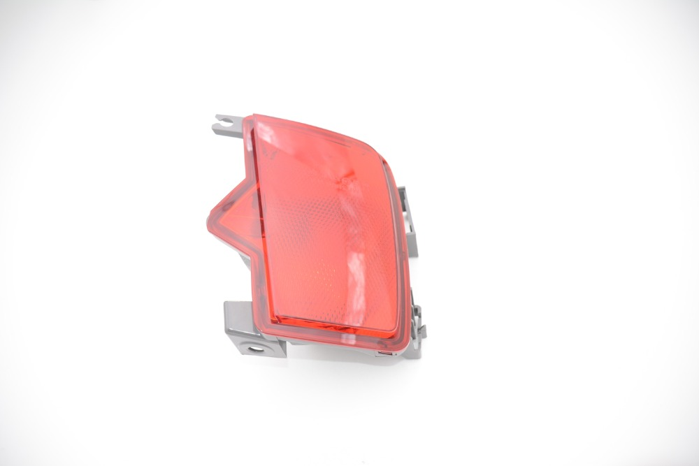 1 Pcs Left Side LH tail rear fog lamp tail bumper light red For Subaru outback 2010-2014<br>