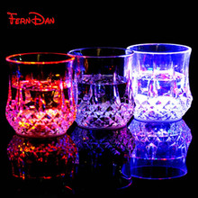 New Colorful LED plastic Beer Cup Whiskey Beer Mugs With Flash Light Drink Glass Bar KTV Night Club home brew beer Accessories