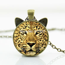 2017 New hot New Leopard Necklace Leopard Pendant Wild Animal Jewelry Man Fashion Bronze Pendant Necklace CN-00783