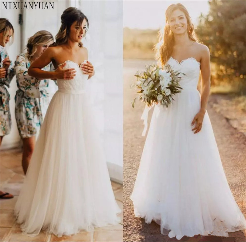 2019 Sweetheart Lace Sexy White Tulle Beach Plus Size Wedding Dresses A-line Simple Cheap Bridal Gowns Country Bride Gowns