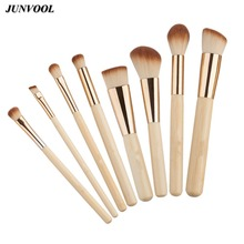 8pcs Bamboo Makeup Brushes Kit Natural Soft Bristles Foundation Blush Eyeshadow Cosmetic Brush Make Up Tool