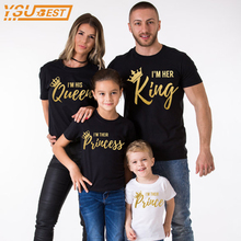 Family Matching Outfits 2017 Summer Matching Father Mother Daughter Son Clothes Cotton T-shirt King Queen Fashion Family Look(China)