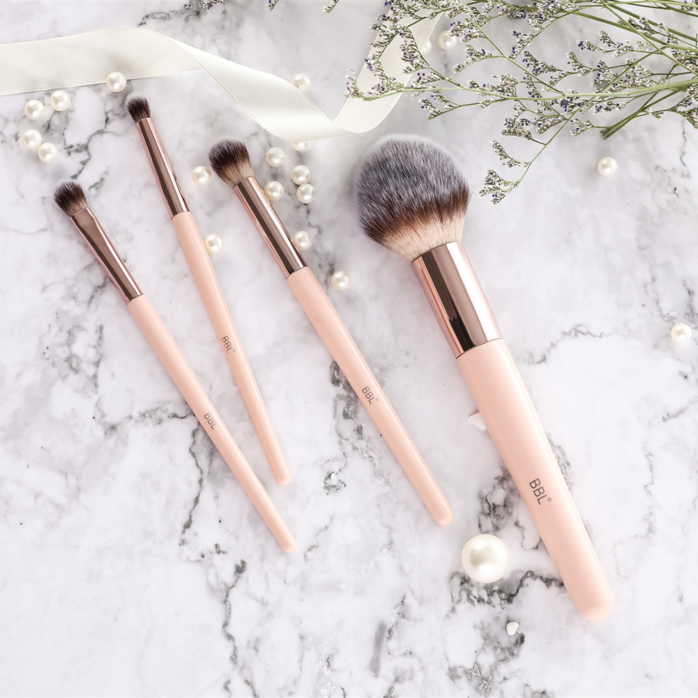 Kabuki Foundation Makeup Brush 13