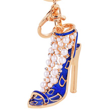 Luxury pearl high heel shoe key chain fashion crystal shoes key ring women hangbag charm pendant high quality design new arrival(China)