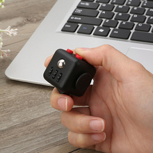 2017 Brand Mini Fidget Cube Hand Spinner 11 Colours Desk Finger Toy Squeeze Fun Stress Reliever Puzzle Magic Cube With Box gifts