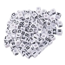 FUNIQUE 300PCs Plastic Craft Alphabet Beads Mix For Bracelets Acrylic Cube Bead 26 Letters Charm Beads For Jewelry Making 7mm