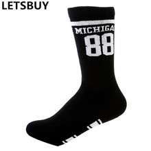 mens black color number 88 soxs stripes cotton breathable professional elite sports basketball sock for man woman outdoor dress