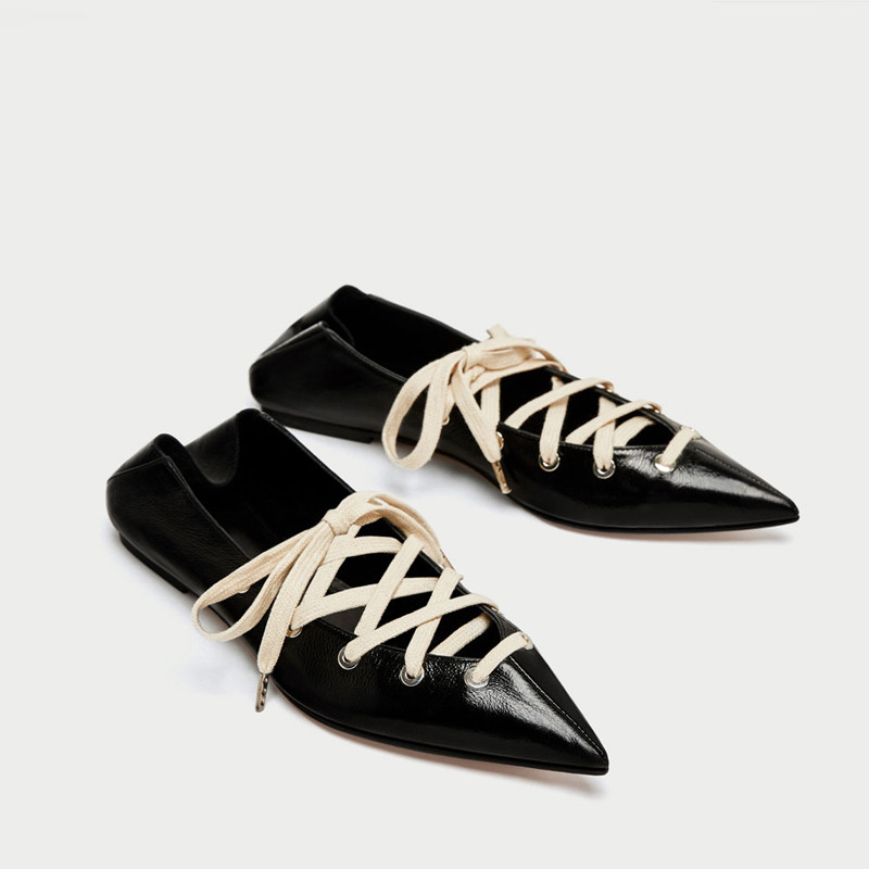 Top Quality 2017 Fashion Women Flats Pointed Toe Lace Up Hollow Casual Flat Heel Mules Ladies Shoes Rome Bandage Loafers <br>