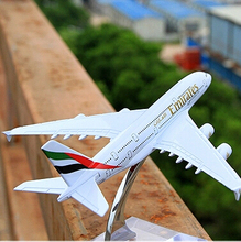 Terebo Emirates A380 passenger plane alloy model 14CM/5.5in