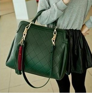 Quality handbags wholesale 2017 spring and summer casual fashion Guangzhou Quilted Shoulder Messenger Bag<br>