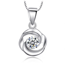 Hot 925 Sterling Silver Silver Jewelry At First Sight Love Necklace Rotating Love Rose Silver Pendant Wholesale Pendant