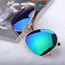 Fashion Unisex Cool Shape Metal Frame UV Resistance Sun glasses Men/Women Stylish Sunglasses Bat Mirror Eyewear Gafas de sol
