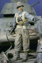 Unpainted Kit 1/ 16 Battle of kharkov counterattack 90mm Historical WWII Figure Resin Kit Free Shipping(China)