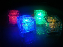 600pcs LED Ice Cubes,7 Color Change LED Flash Light LED Luminous Ices for Event Party Kids Gift