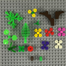 Juejue 62Pcs Window Frame Grass Flowers Plants Bush DIY MOC Parts Building Blocks Brick Compatible with Lego Assemble Particles