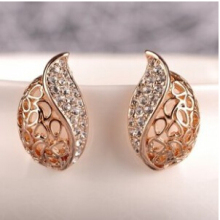 ED241 Korean fashion jewelry imitation  hollow semi refined lady temperament earrings shaped buds 2017