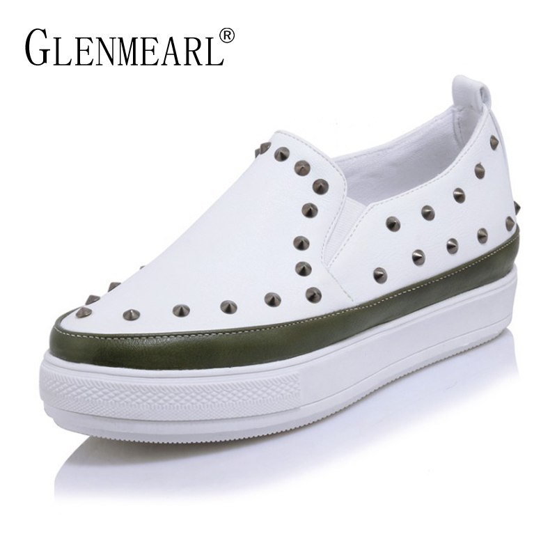 18 Brand Women Flats Shoes Loafers Spring Thick Heels Flat Platform Casual Sinle Shoes Woman Rivet Pointed Toe Women Sneakers DE<br>