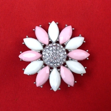 New Unique 2016 Fashion Women Graceful Flower Shape Acylic Rhinestone Cheap Brooch Pin, Item NO.: BH7938