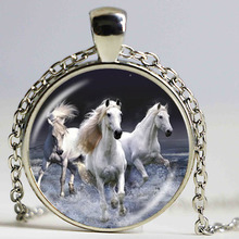 Horse necklaces & pendants vintage horse jewelry equestrian jewellery Fashion necklace for women men