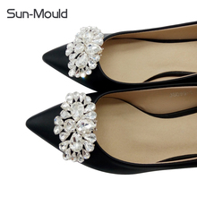 Daily shoes flower charms bridal high-heel pumps accessories crystal diamond shoe clips Fashion wedding decoration buckle 1pairs(China)