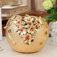 Ceramic apple handicrafts, wedding decorations, Christmas gifts(China)