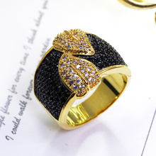 New Couple Leaves Design Gold-color Black Women Party Rings Cubic Zircon Pave Setting Costume Jewelry Contrast look Ladies Ring