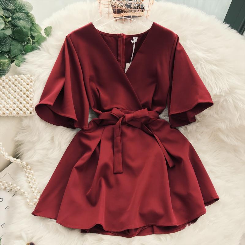 2018 Summer Jumpsuit Woman Pure Color Temperament V Collar Short Sleeve High Waist Slim Playsuits Ladies Playsuit 39