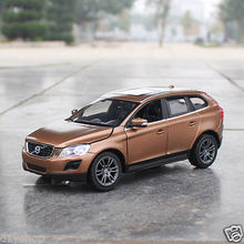XINGHUI 1:24 Volvo XC60 Car Model Simulation Alloy Toy Cars Diecast Kids Toys Car Collection