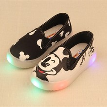2017 Spring/Summer 3 Colors Baby Girls Boys Anime Cartoon Mickey Hello Kitty Children Sneakers Kids Canvas Flat Casual Shoes(China)