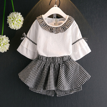 The Girl Dressed In The Summer Of 2017, A Girl'S Personality Of Lotus Leaf Collar Horn Sleeve Shirt + Shorts Children'S Clothing
